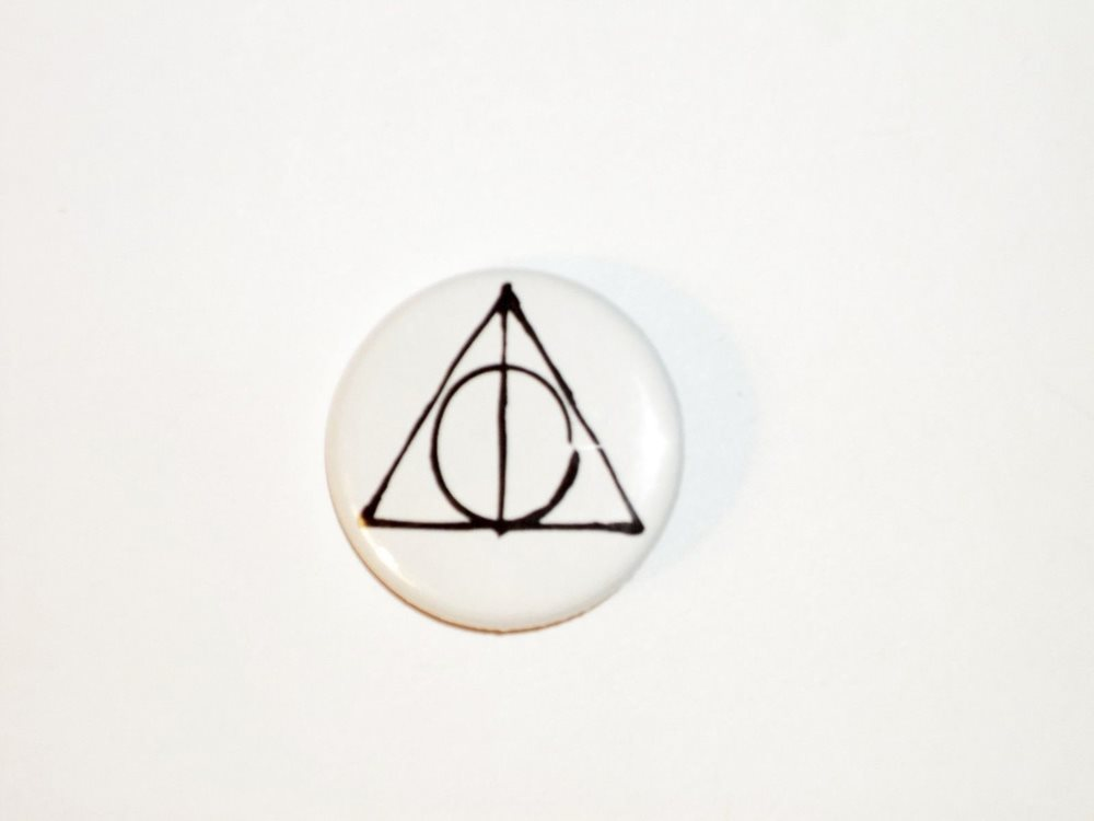 Harry Potter Button Pin 76 Deathly Hallows