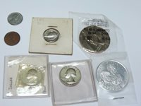 MIXED LOT OF COINS & A COLLECTIBLE TOKEN - SEVEN (7) PCS TOTAL