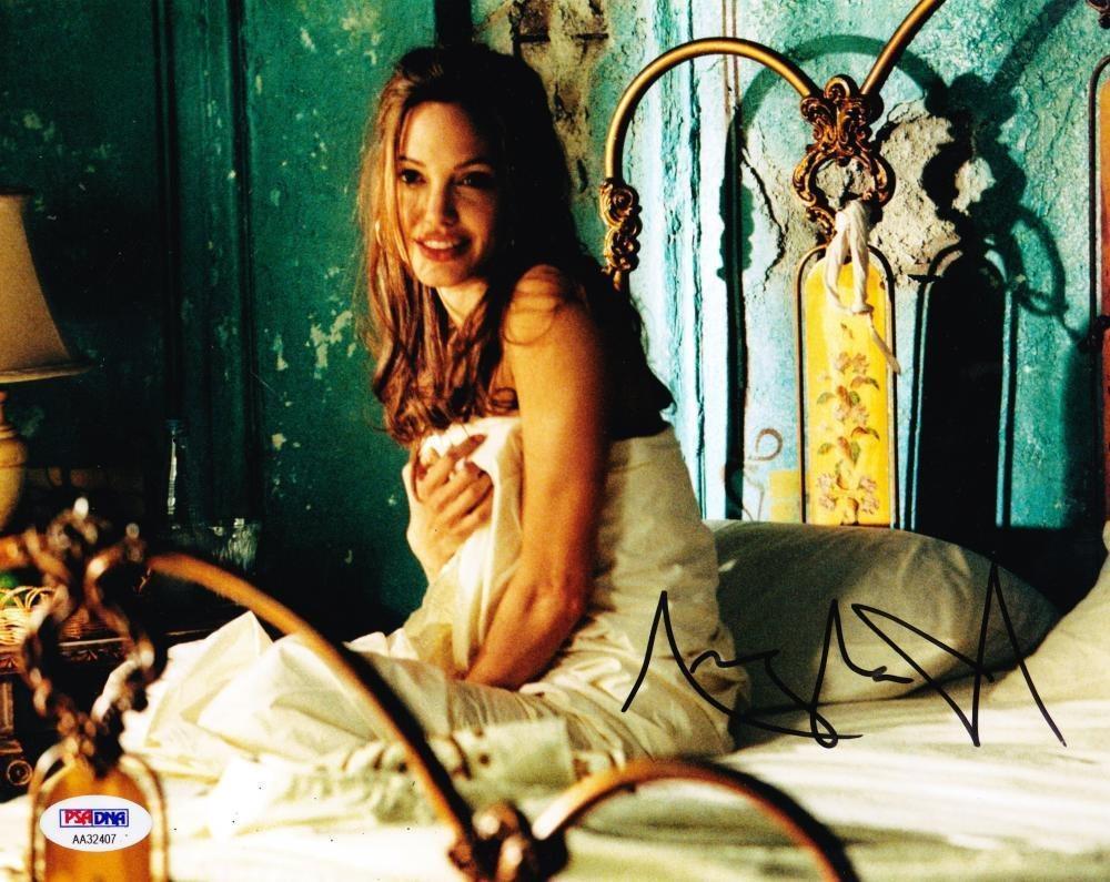 Angelina Jolie Hot And Sexy Pics angelina jolie signed 8x10 photo autograph hot sexy authentic psa/dna coa b