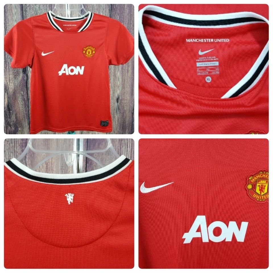 on sale 4a03d 41af0 NIKE AUTHENTIC ⚽️   Kids Size XL   Manchester United Aon Futball Soccer  Jersey