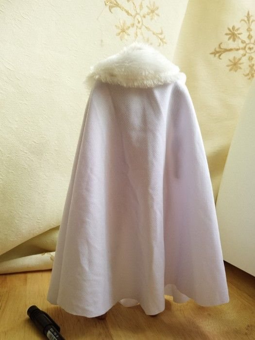 1//6 Scale Soldier Body White Long Coat Cape Cloak for 12/'/'   Kumik Body
