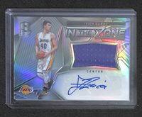 2016-17 Panini Spectra Jersey Autograph #23 Ivica Zubac No 117 of 149
