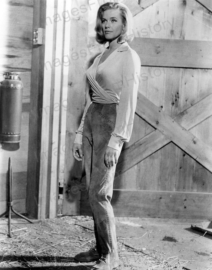 Consider, that honor blackman as pussy galore topic