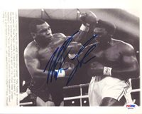 Mike Tyson Signed 8 x 10 Photograph - PSA/DNA Authenticated - Boxing Merchandise