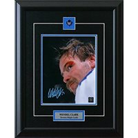 Wendel Clark Signed and Framed Toronto Maple Leafs 8 X 10 Photo