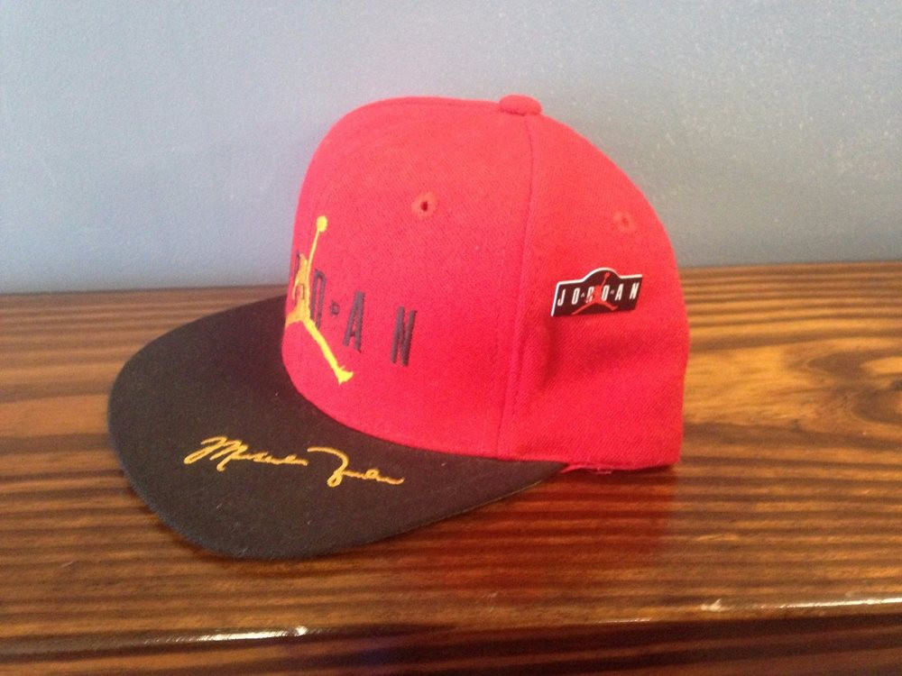Vintage Michael Jordan Nike AIR Adjustable Snapback Hat f6f27290729d
