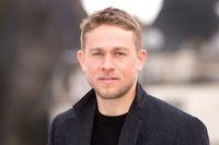 Charlie Hunnam Using His Short Hair 8x10 Photo Picture