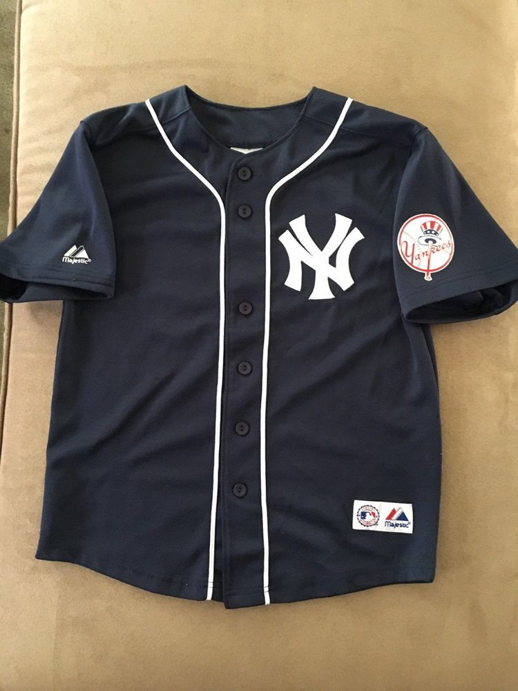 best sneakers f1ebc 17960 Majestic - New York Yankees - #25 Mark Teixeira Jersey Youth Size 10/12 Used