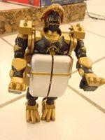 2003 Power Rangers Bandai Black /Gold Transformer head pops up chest opens