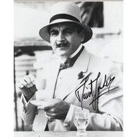 SUCHET David Poirot Signed Photo 733B UACC COA