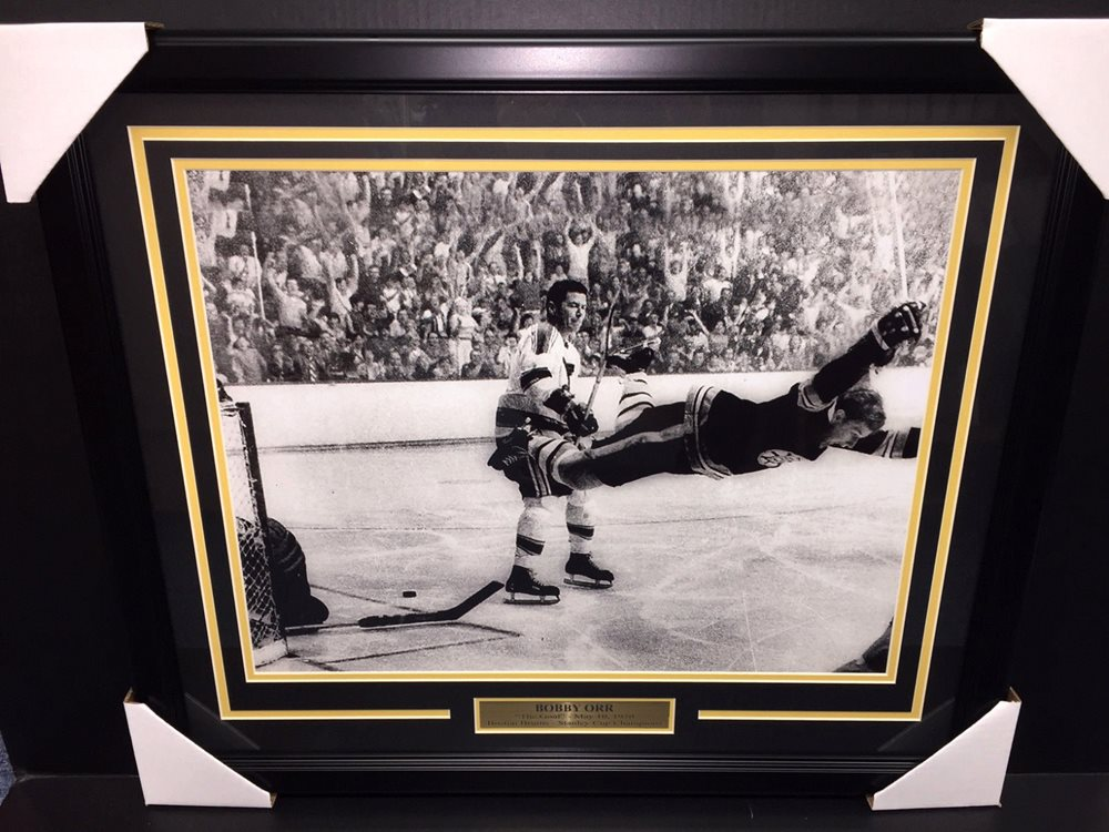 Framed Bobby Orr The Goal 1970 Stanley Cup Autograph Print Boston Bruins 8x10 Print