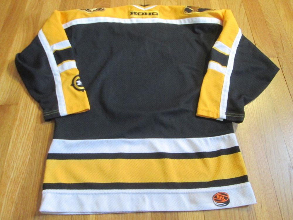 VINTAGE KOHO NHL BOSTON BRUINS JERSEY SIZE YOUTH L XL. Click To Enlarge 6ce6e121c