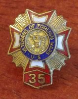 Vintage VFW Veterans of Foriegn Wars 35 years Golden Lapel Pins