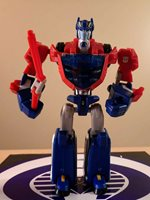 TRANSFORMERS ANIMATED CYBERTRON MODE OPTIMUS PRIME 2008 DELUXE CLASS