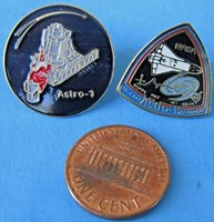NASA PIN PAIR vtg ASTRO-1 Wizard - Ultraviolet X-Ray Telescopes - Space Shuttle