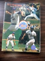 1972 Vintage METS OFFICIAL YEAR BOOK