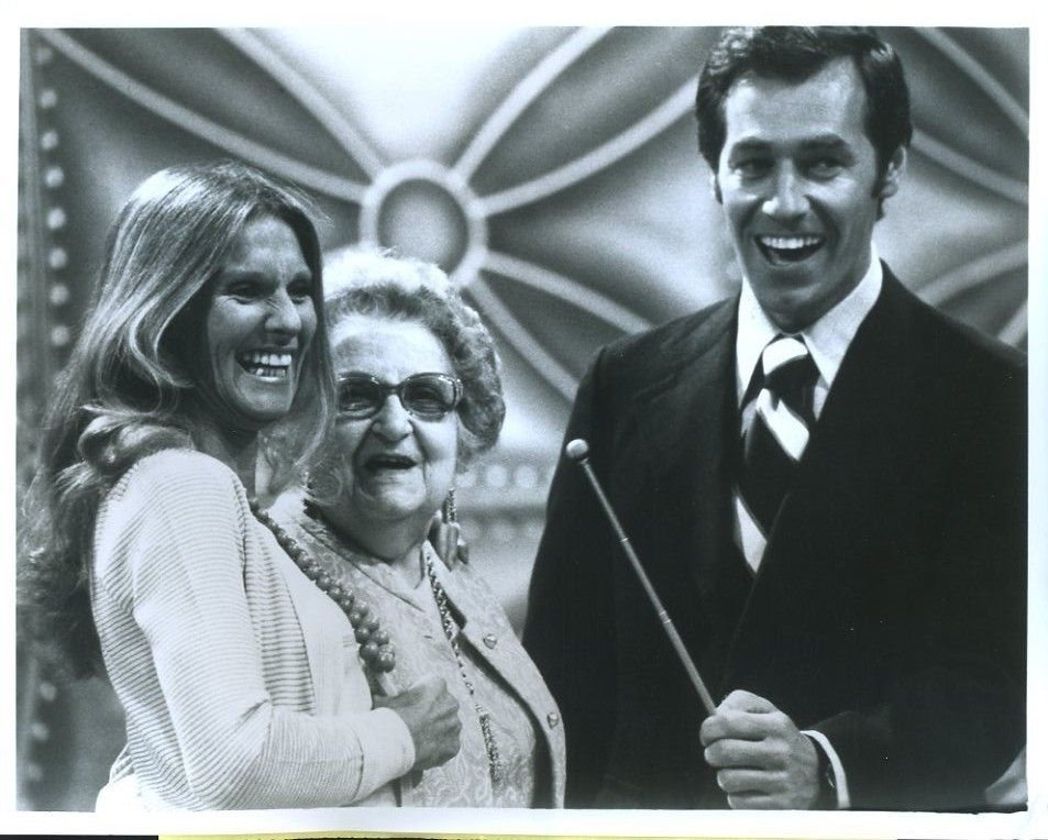 CLORIS LEACHMAN ORIG 8X10 PHOTO X3684