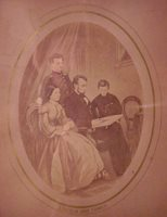 #15858 - Nicely framed Lithograpgh Lincoln and His Family