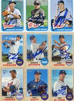 CHRIS OWINGS SIGNED 2017 TOPPS HERITAGE CARD AUTO
