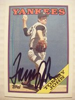 TOMMY JOHN signed YANKEES 1988 Topps baseball card AUTO Autographed #611 DODGERS