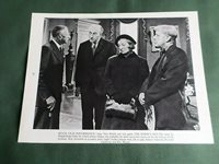 """ALEC GUINNESS - KAY WALSH - 1 PAGE """"CLIPPING """" THE HORSES MOUTH"""