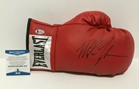 Mike Tyson Signed Red Everlast Leather Boxing Glove *HOF 2011 BAS J19738