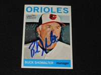 Orioles Buck Showalter Signed 2013 Topps Heritage Autograph Card #298 S14