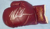 Mike Tyson Signed Vintage Jack Dempsey Everlast Boxing Glove PSA/DNA COA Auto L