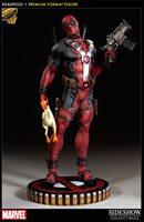 Marvel Collectible 20 Inch Statue Figure Premium Format - Deadpool Exclusive Version Sideshow