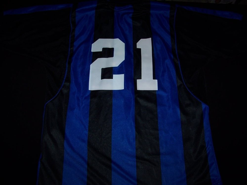 the best attitude cef75 5a2ef Inter Milan Soccer Jersey FC Football Pirelli #21 black blue striped shirt M