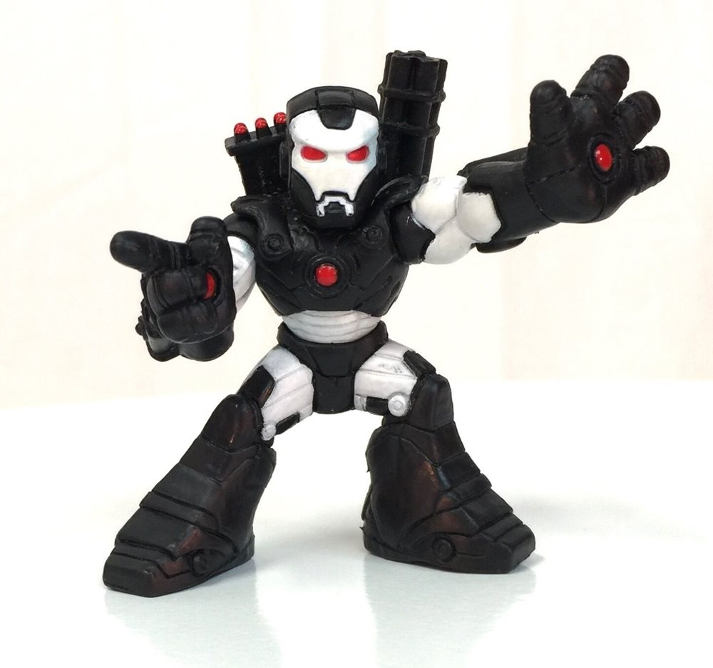 White Red Eyes Rockets /& Gun on Back Marvel Super Hero Squad WAR MACHINE Black