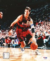 Christian Laettner Signed 8 x 10 Photograph Hawks - PSA/DNA Authenticated - NBA Basketball Photos