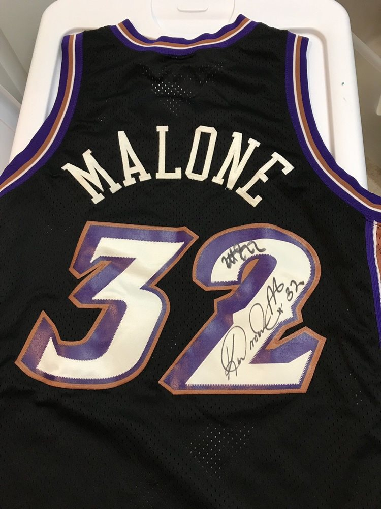 quality design 83610 d6ab7 Autographed Karl Malone Jersey