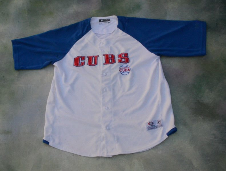 58c02d20 Vintage True Fan MLB Chicago Cubs Jersey Size L. Click To Enlarge