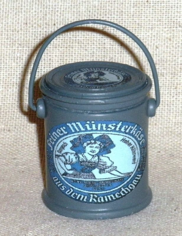 "1:6 scale large can of WW II German /""Alpenmilch Cheese/"""