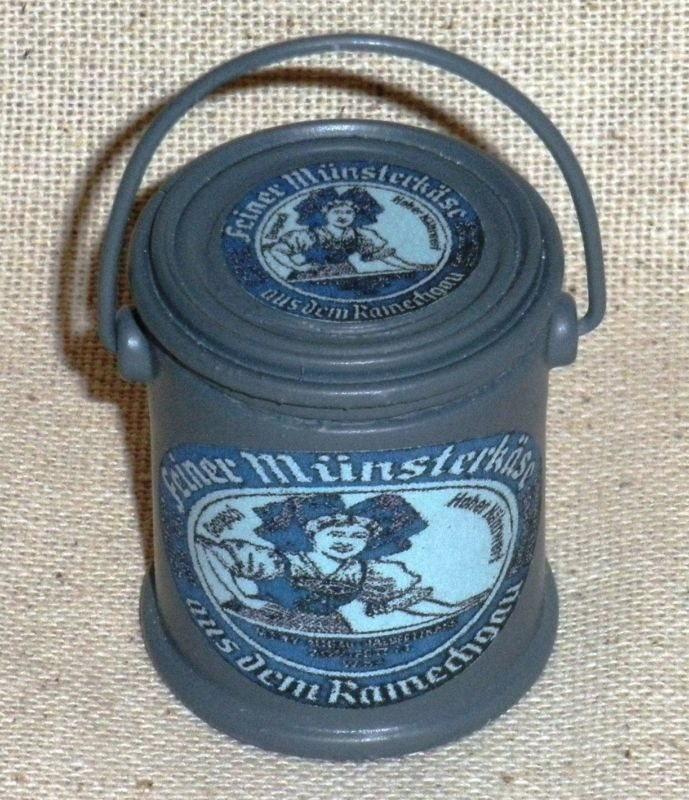 "1:6 scale large can of WW II French /""Liberated peas/"""