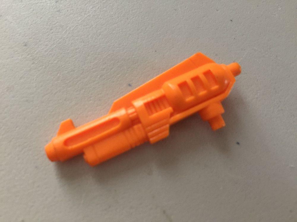 Transformers G1 Parts SNARL laser gun weapon action master