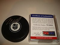 Mike Richards Autographed Signed Los Angeles Kings Hockey Puck Autographed PSA/DNA 1aCUSTOM FRAME YOUR JERSEY