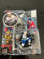 "KEVIN SHATTENKIRK St Louis Blues Silver 2.5/"" Series 3 NHL Imports Dragon LOOSE"