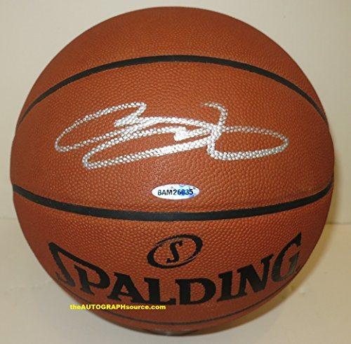 finest selection f88d7 1d26c LeBron James Autographed Basketball ***